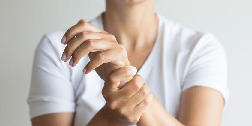 Finger, Hand and Wrist Exercises for Office Workers